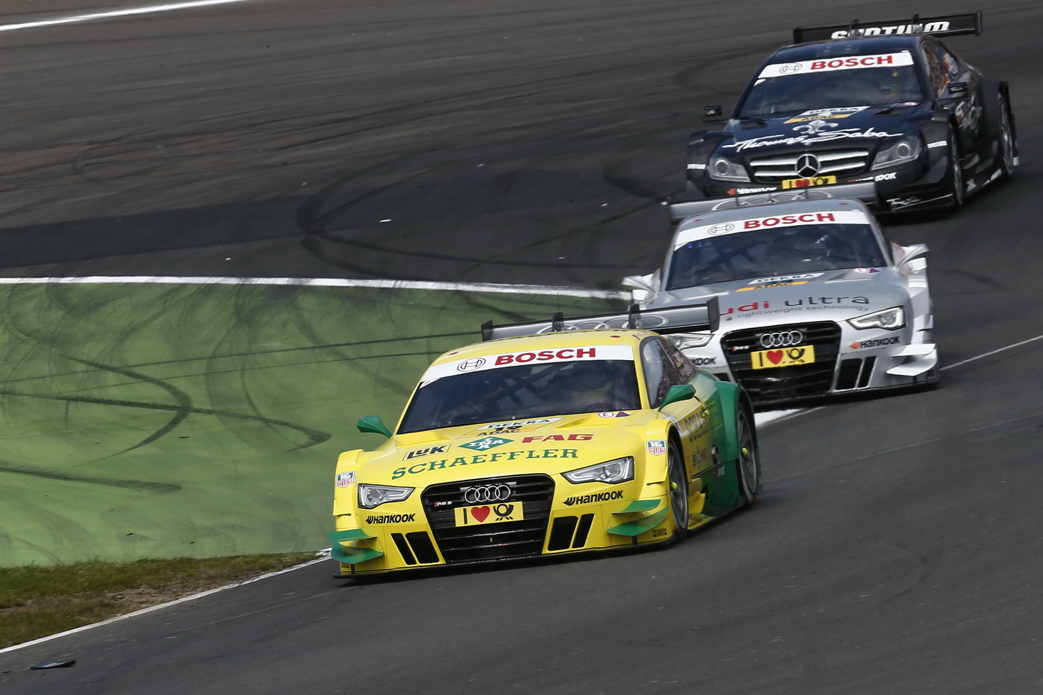 Motorsports / DTM 2013, 4. Rennen Eurospeedway Lausitzring (D), Schaeffler Audi RS 5 DTM #19 (Audi Sport Team Phoenix), Mike Rockenfeller, Schaeffler Audi RS 5 DTM #19 (Audi Sport Team Phoenix), Mike Rockenfeller,